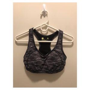 Xersion sports bra